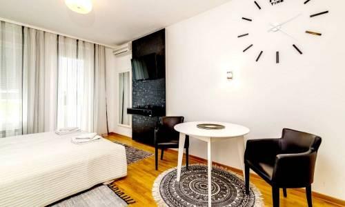 apartman De Niro, A Blok Savada, Beograd
